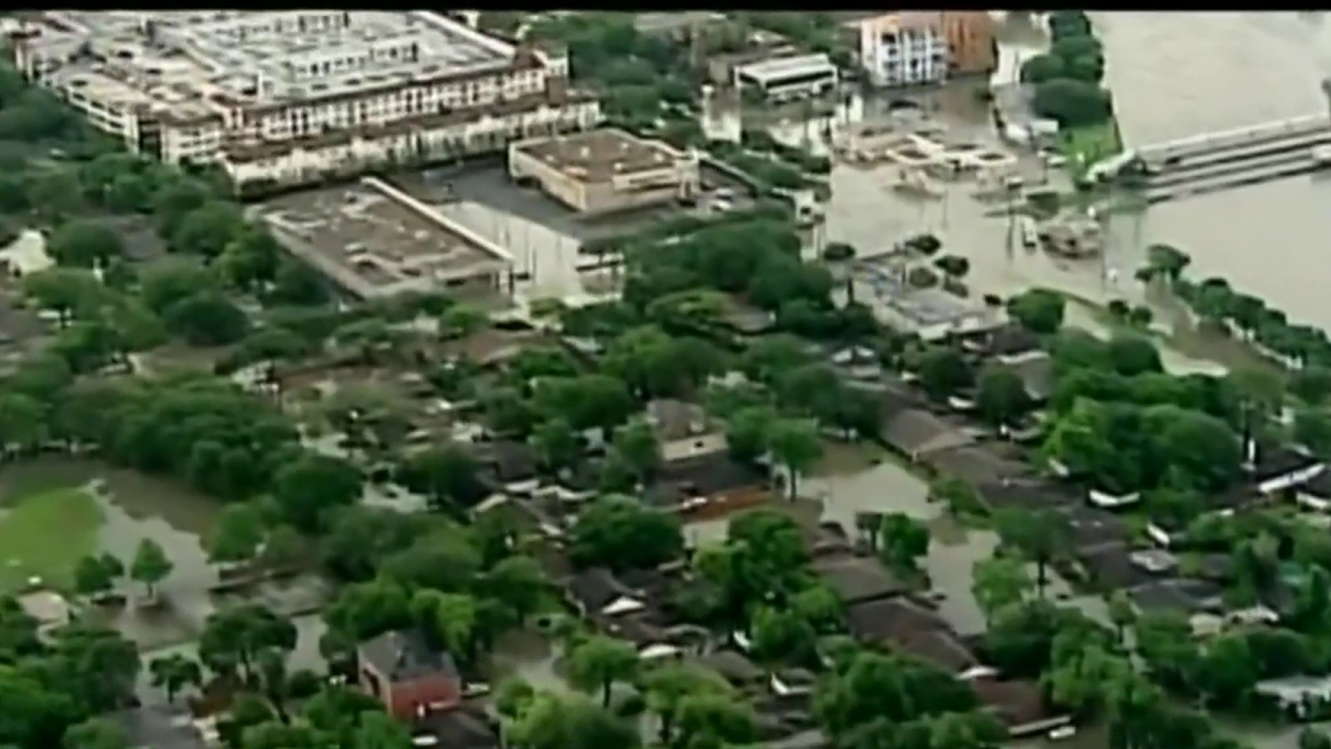 Texans facing increase in flood insurance premiums