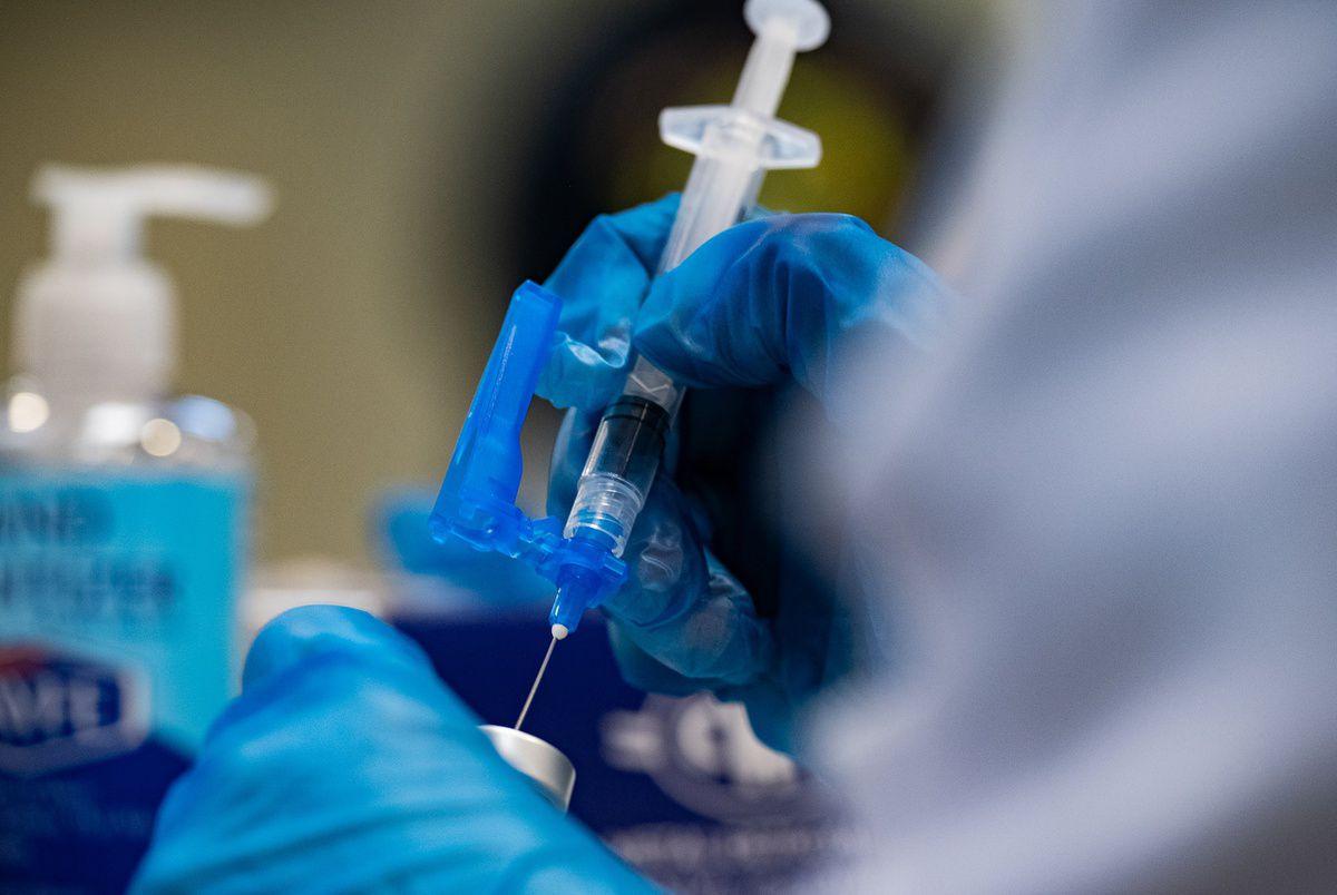 Gov. Abbott bans vaccine mandates in Texas